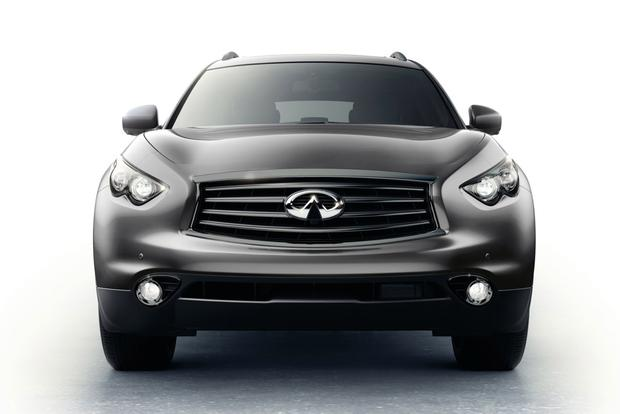 2015 Infiniti QX70: New Car Review featured image large thumb0