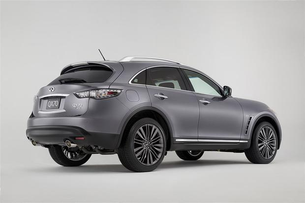 2017 Infiniti QX70: New Car Review featured image large thumb1