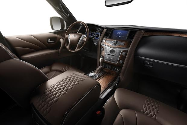 2015 Infiniti QX80: New Car Review featured image large thumb5