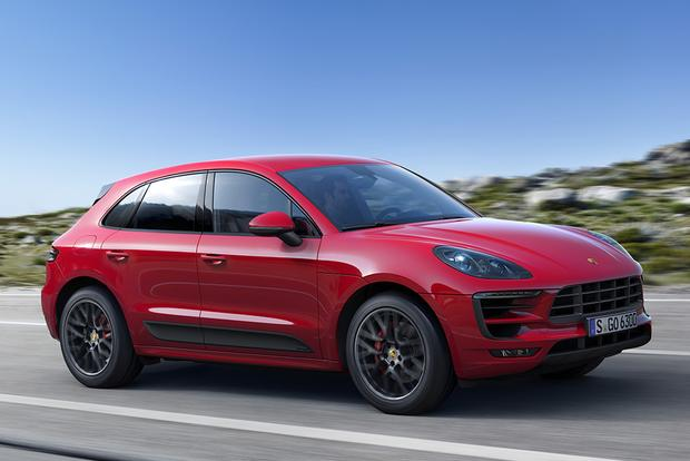 2017 Jaguar F Pace Vs 2017 Porsche Macan Which Is Better Autotrader