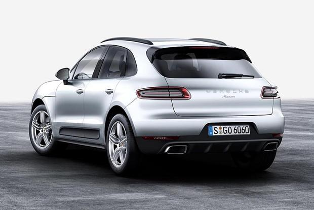 2017 Jaguar F-PACE vs. 2017 Porsche Macan: Which Is Better? featured image large thumb6