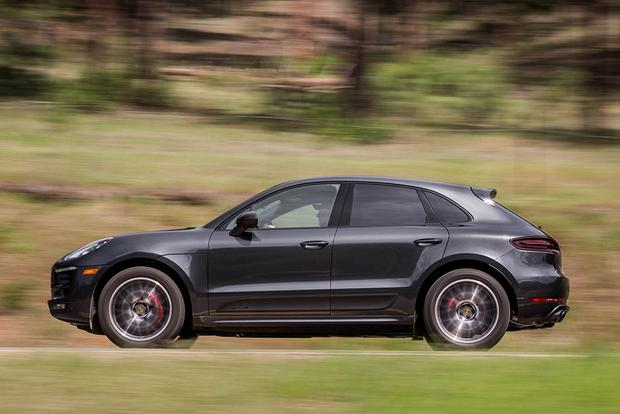2017 Jaguar F-PACE vs. 2017 Porsche Macan: Which Is Better? featured image large thumb10