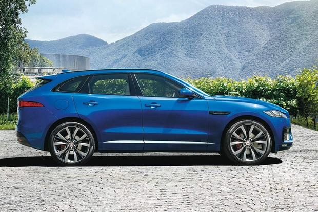 2018 Jaguar F-PACE: New Car Review featured image large thumb3
