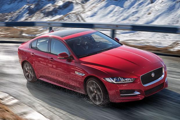 2017 Jaguar XE: New Car Review featured image large thumb4