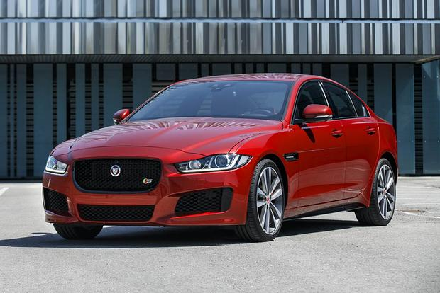 2017 Jaguar XE: New Car Review featured image large thumb5