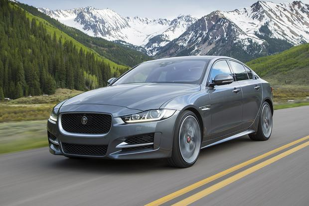 2018 Jaguar XE: New Car Review featured image large thumb3