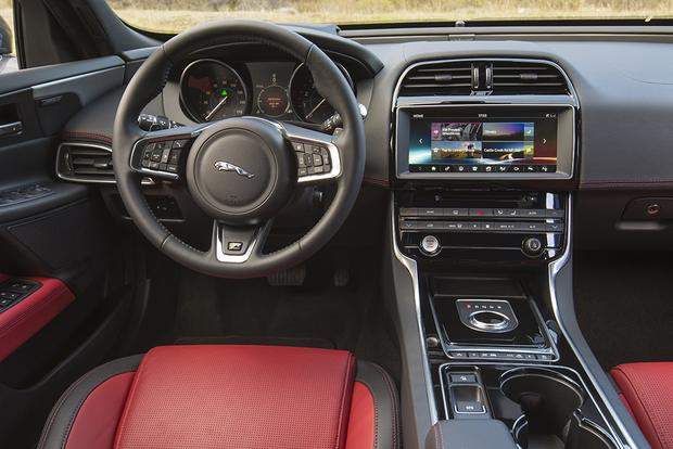 2018 Jaguar XE: New Car Review featured image large thumb4
