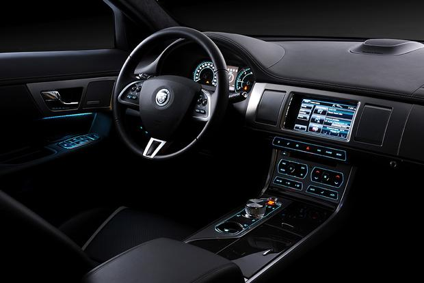 2015 Jaguar XF: New Car Review featured image large thumb2