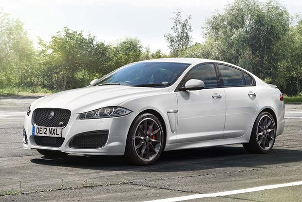 2015 vs. 2016 Jaguar XF: What's the Difference? featured image large thumb11
