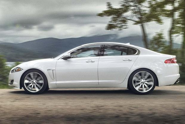 2015 vs. 2016 Jaguar XF: What's the Difference? featured image large thumb9