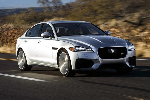 2016 Jaguar XF vs. 2017 Jaguar XE: What's the Difference? featured image large thumb11