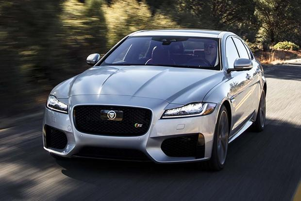 2016 Jaguar XF vs. 2017 Jaguar XE: What's the Difference? featured image large thumb5