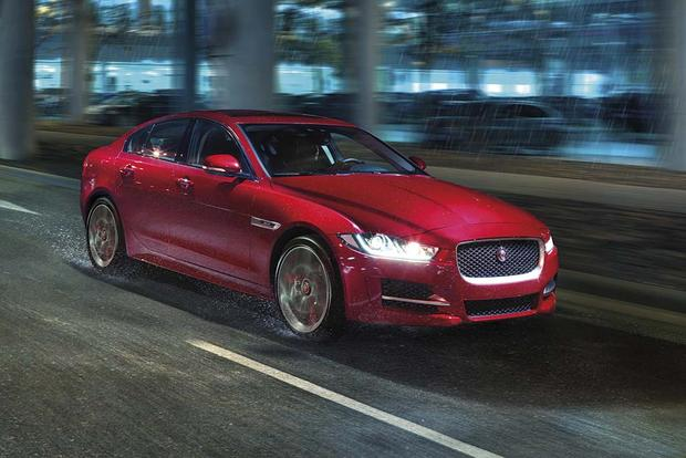 2016 Jaguar XF vs. 2017 Jaguar XE: What's the Difference?