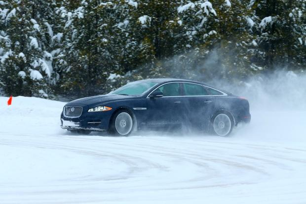 2013 Jaguar XJ: New Car Review featured image large thumb3