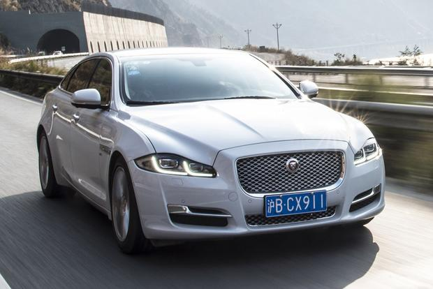 2017 Jaguar XJ: New Car Review featured image large thumb1