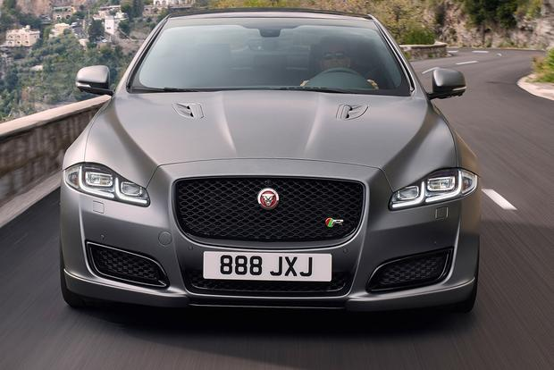 2018 Jaguar XJ: New Car Review featured image large thumb6
