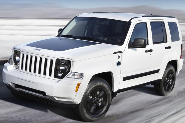 2012 Jeep Liberty vs  2014 Jeep Cherokee - Autotrader