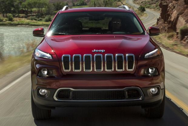 2014 Jeep Cherokee vs. 2014 Toyota RAV4: Which Is Better? featured image large thumb4
