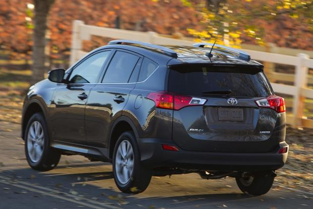2014 Jeep Cherokee vs. 2014 Toyota RAV4: Which Is Better? featured image large thumb11
