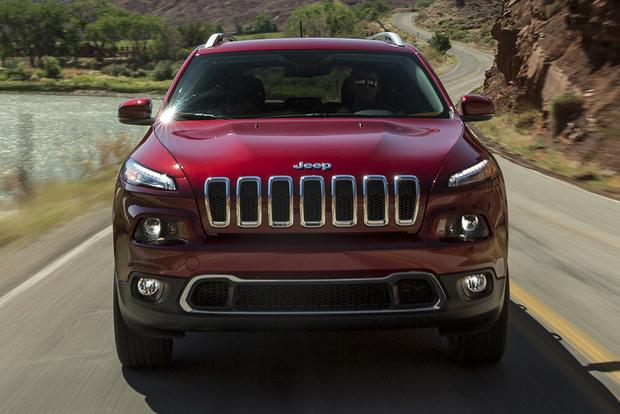 jeep cherokee   jeep renegade whats  difference autotrader