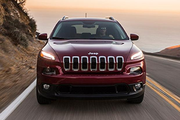 2015 Jeep Cherokee vs. 2015 Jeep Grand Cherokee: What's the Difference? featured image large thumb11