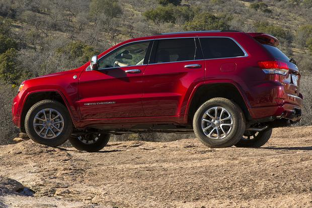 2015 Jeep Cherokee vs. 2015 Jeep Grand Cherokee: What's the Difference? featured image large thumb8