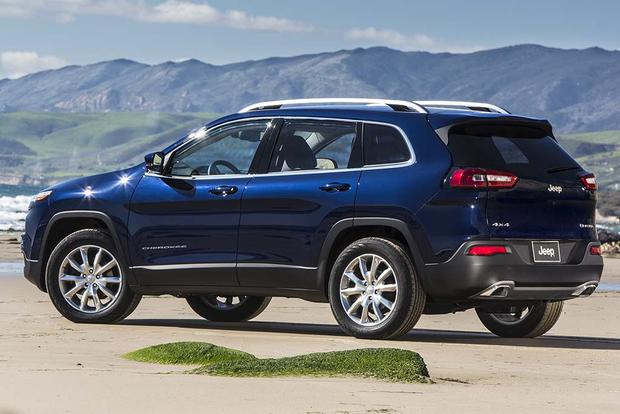 2017 Jeep Cherokee New Car Review Featured Image Large Thumb2