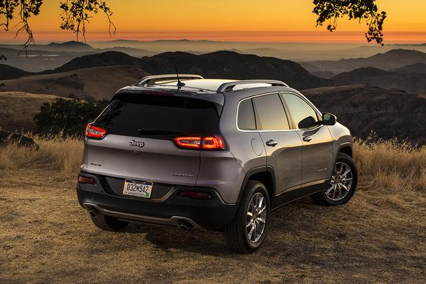 2018 Jeep Cherokee: New Car Review featured image large thumb3