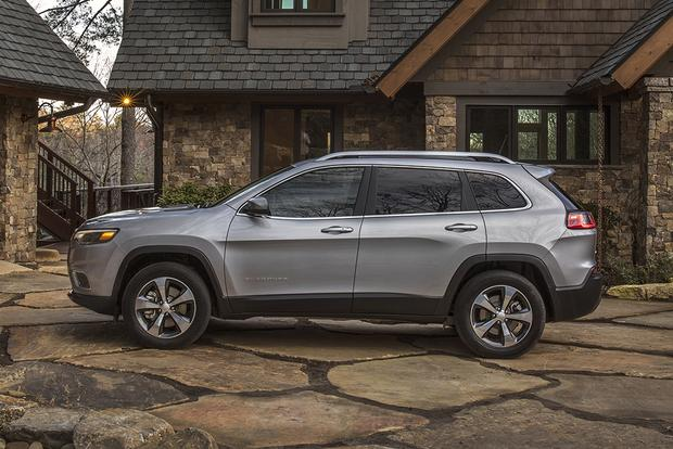 2019 Jeep Cherokee: New Car Review featured image large thumb2