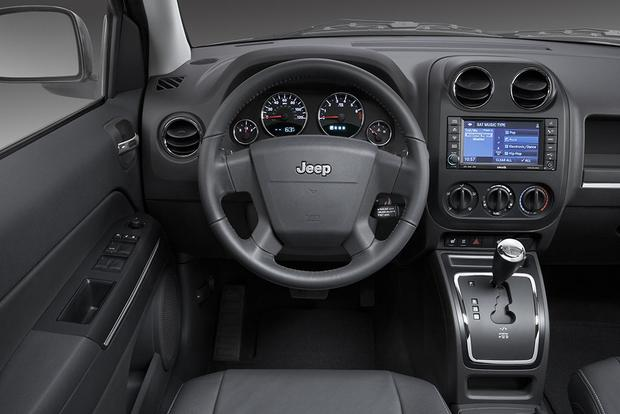 2009 Jeep Compass: Used Car Review featured image large thumb2