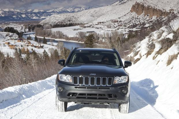 2013 Jeep Compass: OEM Image Gallery featured image large thumb2