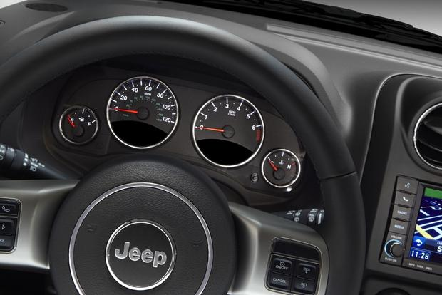 2013 Jeep Compass: OEM Image Gallery featured image large thumb7