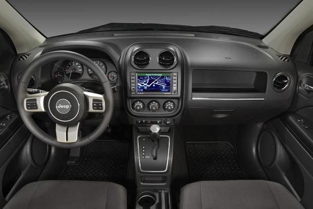 2013 Jeep Compass: New Car Review Featured Image Large Thumb3