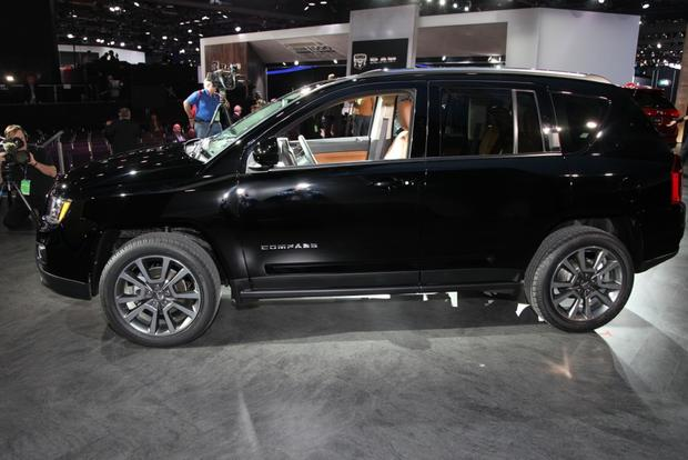 2014 Jeep Compass: detroit Auto Show featured image large thumb9