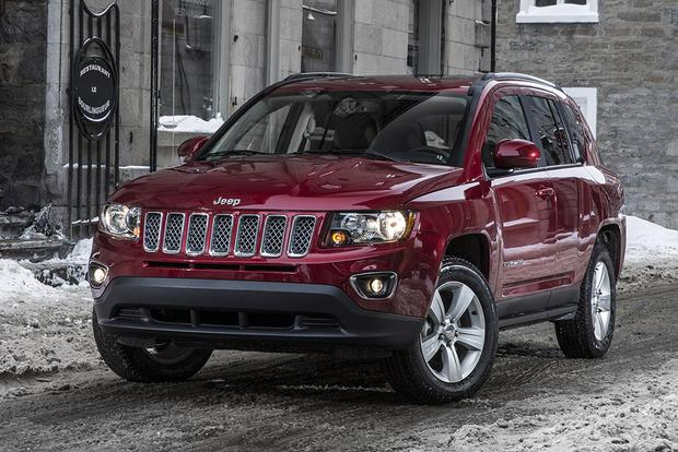 2015 Jeep Compass vs. 2015 Jeep Renegade: What's the Difference? featured image large thumb11