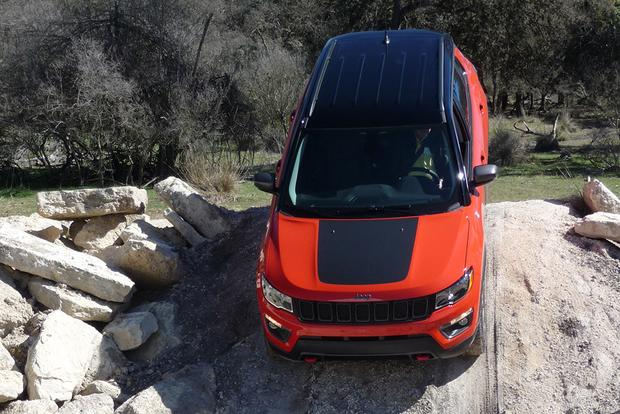 2017 Jeep Compass: First Drive Review featured image large thumb4