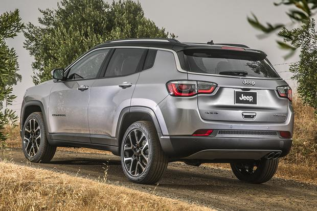 2018 Jeep Compass: New Car Review featured image large thumb4