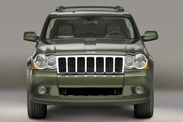 2005-2010 Jeep Grand Cherokee vs. 2003-2009 Toyota 4Runner: Which Is Better? featured image large thumb3