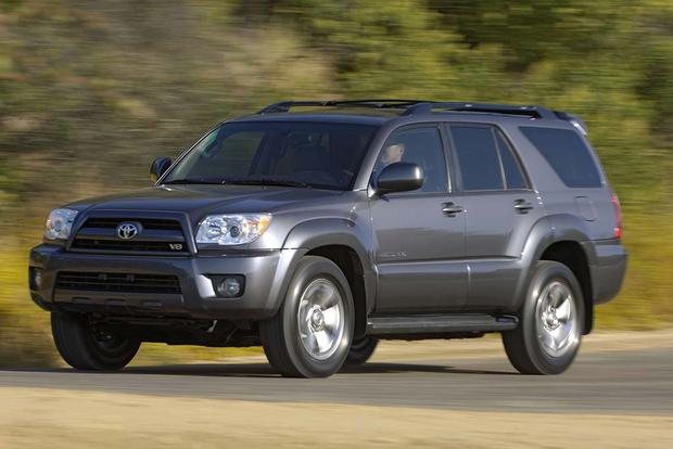 2005 2010 Jeep Grand Cherokee Vs 2003 2009 Toyota 4runner