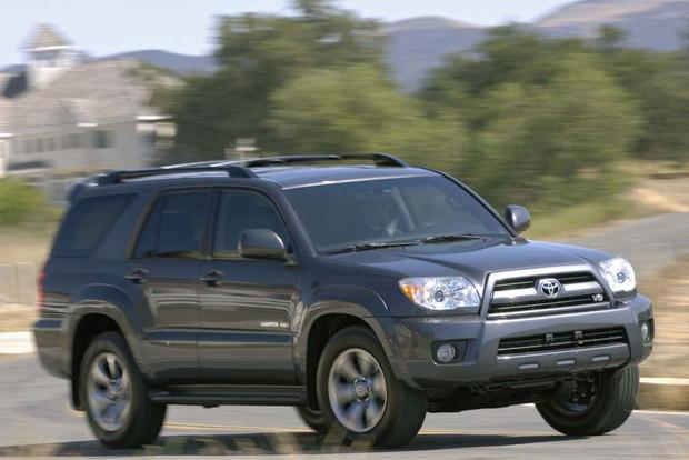 2005-2010 Jeep Grand Cherokee vs. 2003-2009 Toyota 4Runner: Which Is Better? featured image large thumb2
