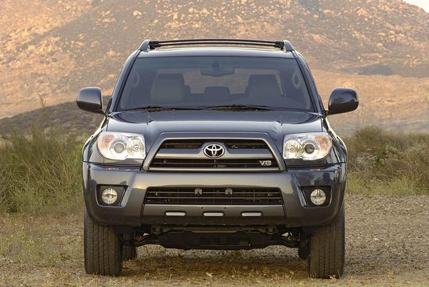 2005-2010 Jeep Grand Cherokee vs. 2003-2009 Toyota 4Runner: Which Is Better? featured image large thumb4