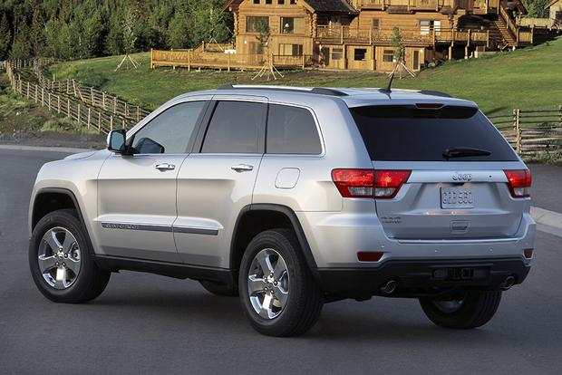 2012 jeep grand cherokee used car review autotrader. Black Bedroom Furniture Sets. Home Design Ideas