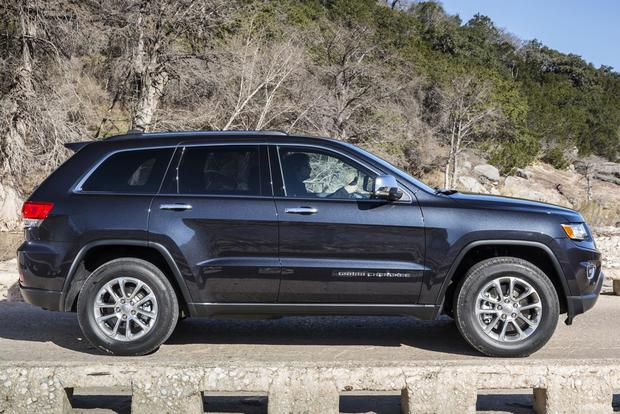 2011-2014 Jeep Grand Cherokee vs. 2010-2013 Toyota 4Runner: Which Is Better? featured image large thumb9