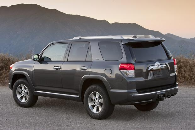 2011-2014 Jeep Grand Cherokee vs. 2010-2013 Toyota 4Runner: Which Is Better? featured image large thumb6