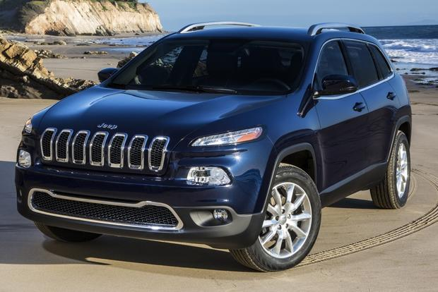 2014 Jeep Cherokee boasts new styling featured image large thumb3