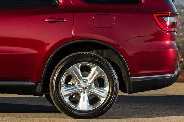 2014 Jeep Grand Cherokee vs. 2014 Dodge Durango: Which Is Better? featured image large thumb11