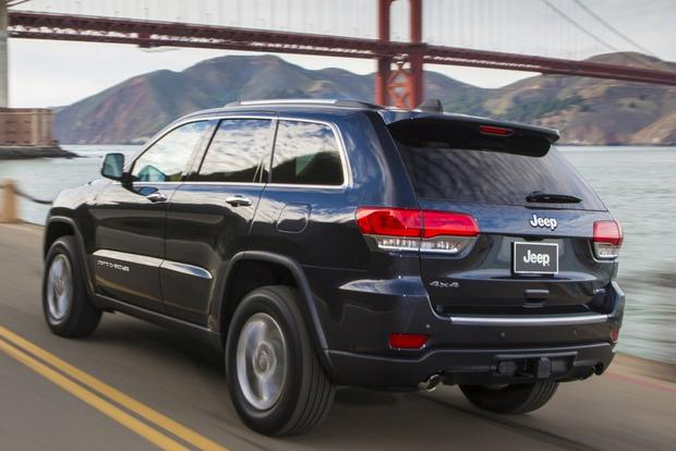 2014 Jeep Grand Cherokee vs. 2014 Toyota 4Runner: Which Is Better? featured image large thumb2