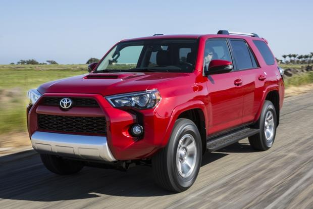 2014 Jeep Grand Cherokee vs. 2014 Toyota 4Runner: Which Is Better? featured image large thumb7