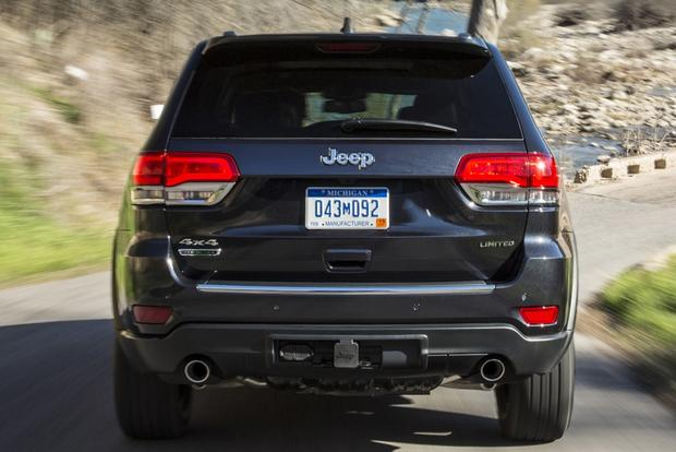 2014 Jeep Grand Cherokee vs. 2014 Toyota 4Runner: Which Is Better? featured image large thumb10