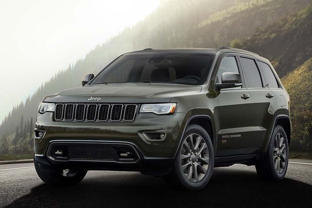 2016 jeep grand cherokee new car review autotrader. Black Bedroom Furniture Sets. Home Design Ideas
